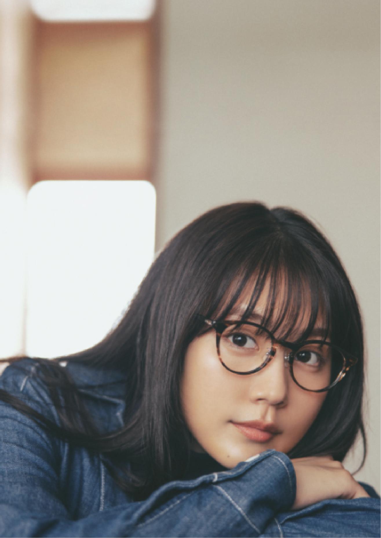 雑誌「mina」10月号掲載のタイアップ メインイメージ