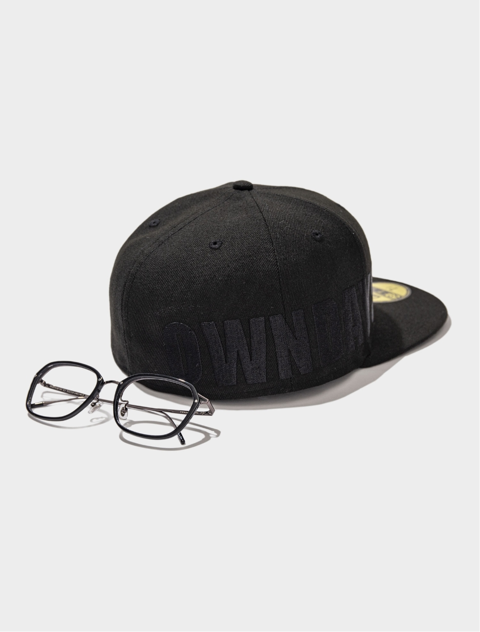 NEW ERA® COLLABORATION CAP(ヘッドウェア/ハット/キャップ) × JD2041B-0A C1(メガネ/眼鏡/めがね) おすすめの組み合わせ