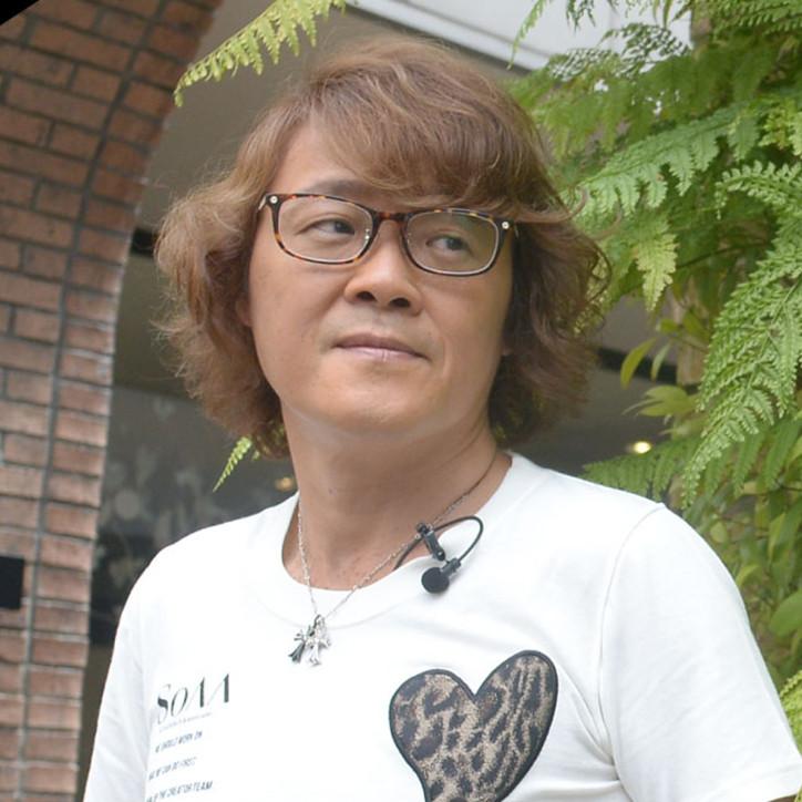 #09 HITOSHI UEDA